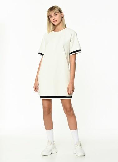 Hummel Kadın Elbise Tanno 920879-9003 Beyaz